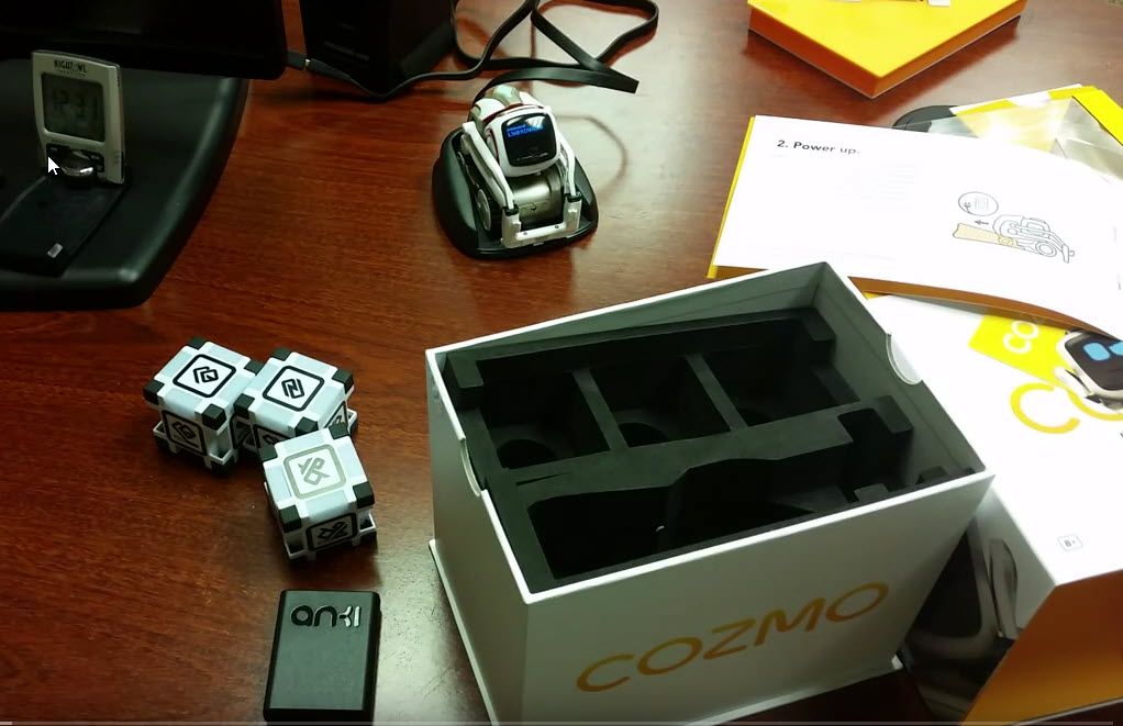 cozmo-the-robot-unboxing